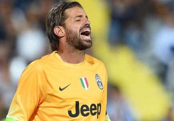 Parma Ingin Pikirkan Langkah Gaet Lisandro Lopez