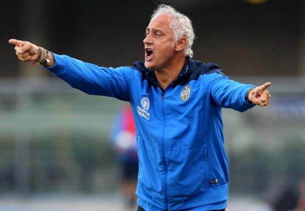 Hellas Verona Tetapkan Posisi A Ndera Mandorlini