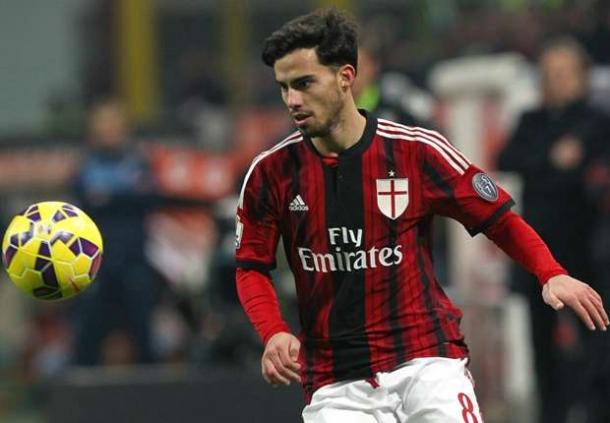 Resmi Ke Milan, Bacca Ucapkan Terima Kasih Ke Klub Lamanya